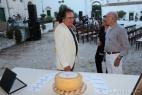 Aldo Cassese parla con Al Bano del formaggio Don Carlo