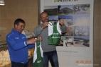 Gianpaolo Cassese consegna la maglia al Presidente Mauro Arcadio