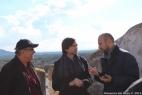 Da sinistra l'attore e regista Enzo Decaro, il presidente del Gal Colline Joniche Antonio Prota e Gianpaolo Cassese, ammisnitratore della Società Agricola F.lli Cassese