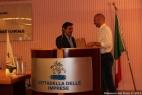 Il Presidente di Confindustria Taranto, Vincenzo Cesareo, conferisce il Premio Green a Gianpaolo Cassese della Società Agricola F.lli Cassese s.s.
