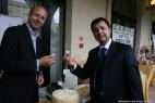 Gianpaolo Cassese e Massimo Telese con il formaggio Don Carlo