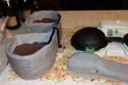 La prima torta al mondo che riproduce un impianto di biogas! Sala motori, rampa, digestori e vasche per il digestato in buonissimo cioccolato!