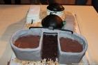 La prima torta al mondo che riproduce un impianto di biogas! Il digestato in buonissimo cioccolato è andato a ruba!