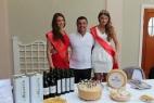 Due bellezze russe in visita al nostro stand. — con Massimo Telese presso Grand Hotel Europe.
