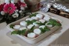 La tradizionale giuncata, formaggio freschissimo preparato insieme alle altre specialità casearie offerte agli ospiti, dai maestri casari della Masseria del Duca